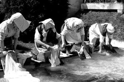 Les femmes fontaines son de retour - 1 1